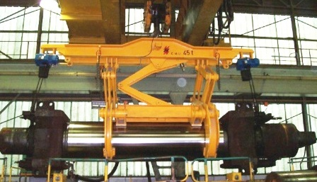Roll Tong with Chain Hoist for Chock Rotation Cap.45t